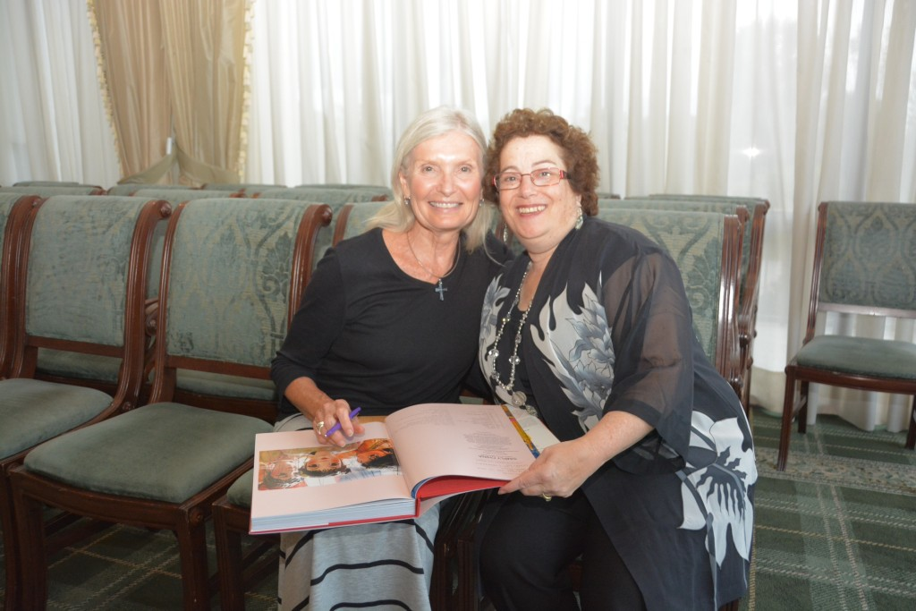 Nancy Brown and Rickie Leiter (Photo courtesy of Denise Fleischman)